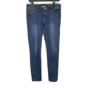CAbi Heritage Wash Skinny Jean 4